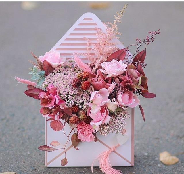 https://king-flower.ru/images/catalog/1802/87fe84f63a74f4695cd4e989f7492d9c.jpg